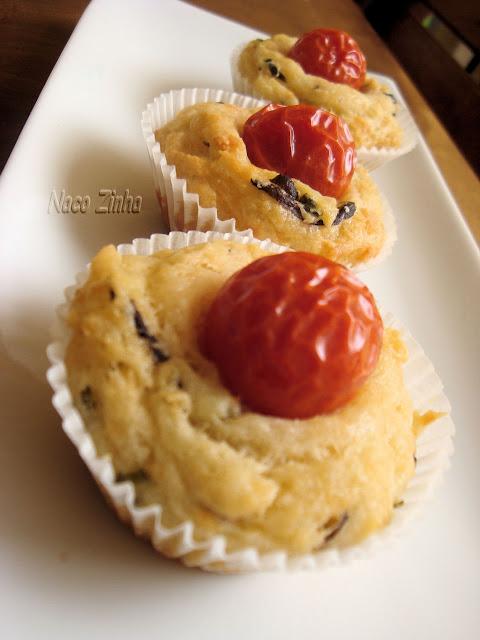 Muffin aromático de queijo de cabra