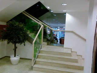 merdiven çeşitleri - Yan kirişli merdiven