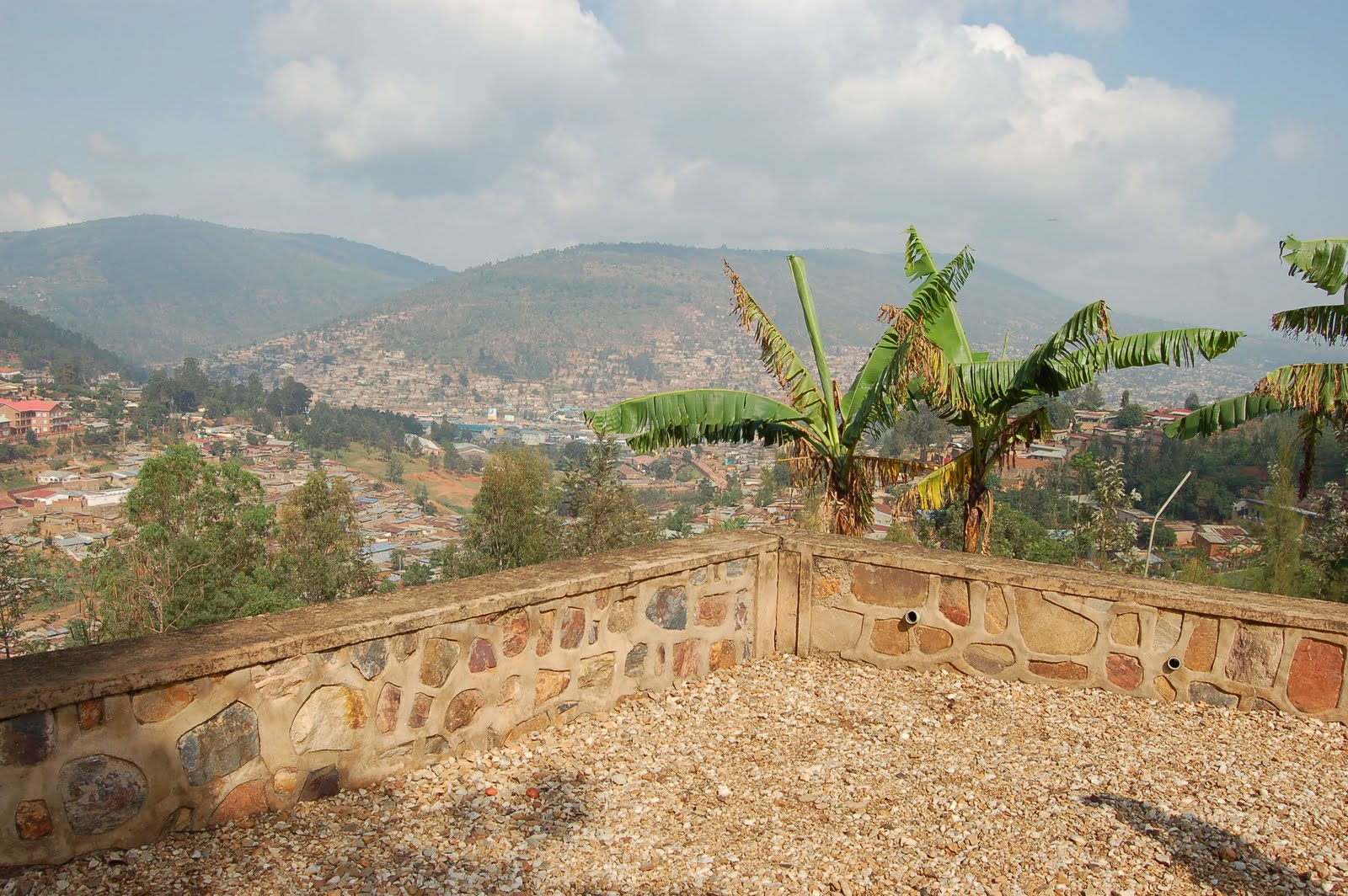kant in hotel rwanda Gloria hotel is the ideal base to explore and discover the heart of kigali city surrounded by lots of great cafes, pubs and restaurants, the town's main shopping and commercial center, richard kant museum, and many more.