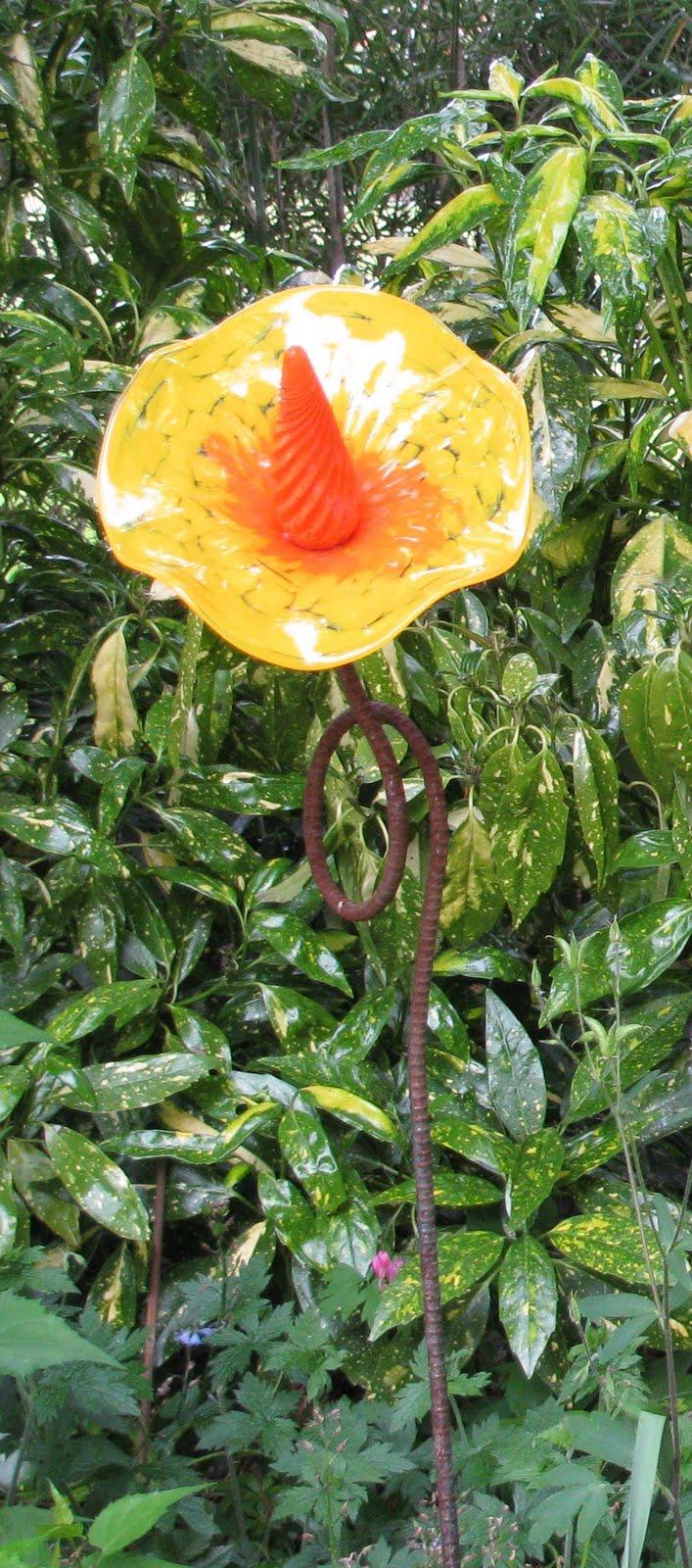 Linda Letters Yard Art Glass In The Garden