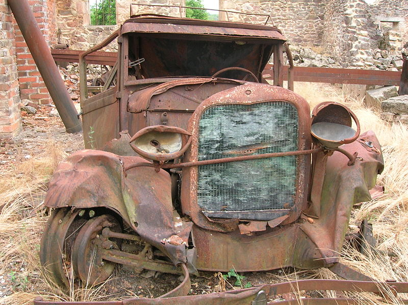 10-31-rusty-car1.jpg