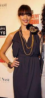jessica alba in gucci dress