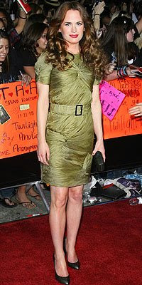 elizabeth reaser in burberry prorsum