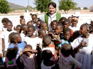 Las riquezas del Vaticano y el hambre en Africa.