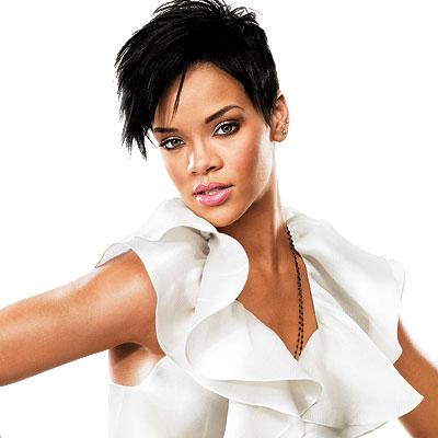 Rihanna – Whats My Name (Solo Version) > Music Videos Lyrics