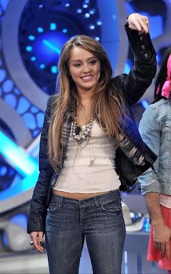 Sam Gray Miley-cyrus-show-4219-31