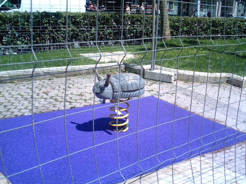 balancín en la Alameda de Oviedo en Santander