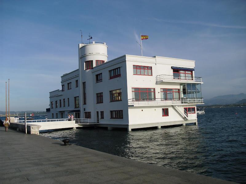 Edificio Real Club Marítimo de Santander