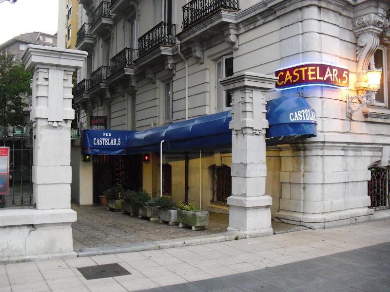 Bares, restaurantes y cafeterías de la Calle Castelar en Santander
