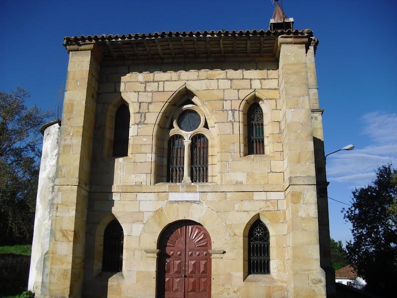 Iglesia de Santa Ana en Cobreces