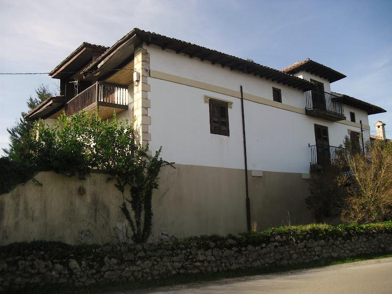 Casa de estilo regionalista de Agüero