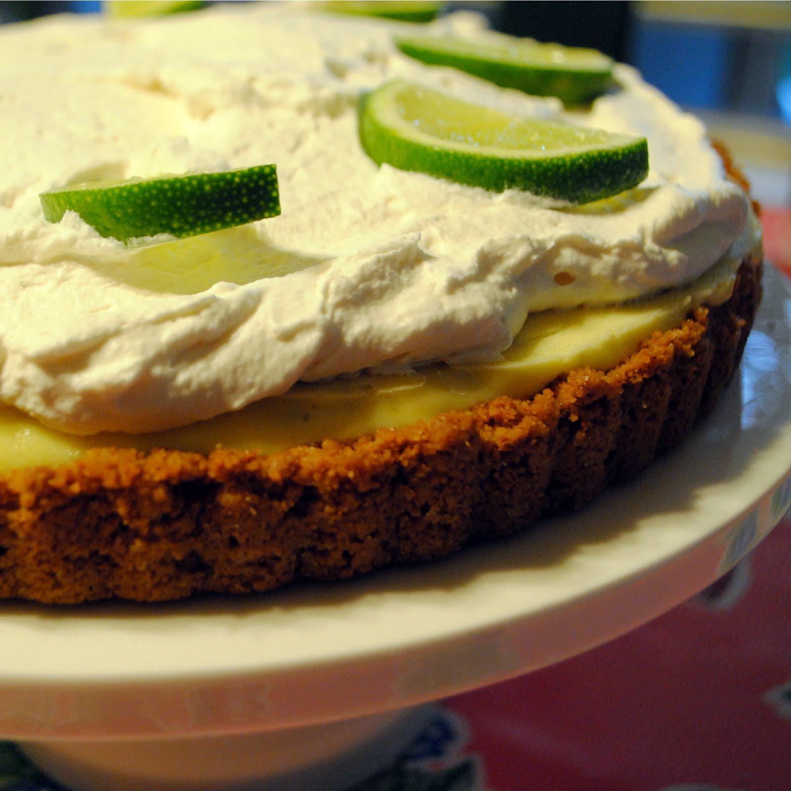 Cookie Mondays...: frozen key lime pie