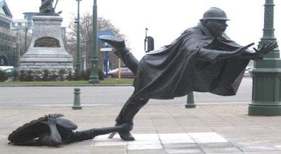 Cool statues around the world