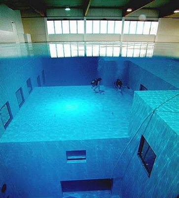 World's Deepest Swimming Pool