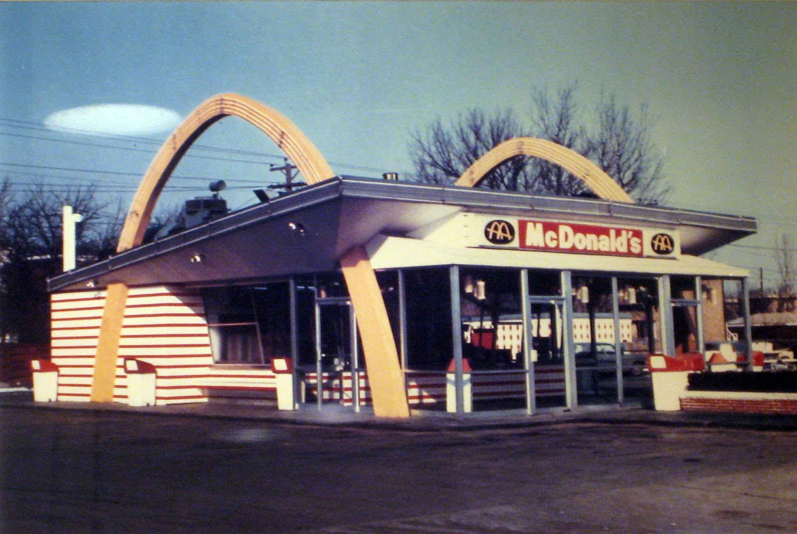 the history of mcdonald's Mcdonald's biggest outlet was built in london, england on the site of the 2012 olympics the small bbq stand has come a long way, indeed, and has defined and changed the face of the fast food history.