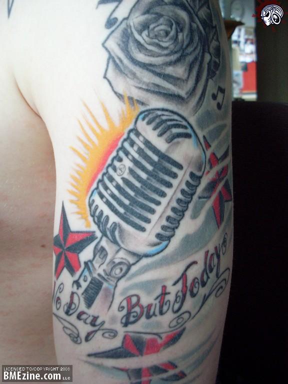 millones de personas se realizan tatuajes de sus instrumentos,