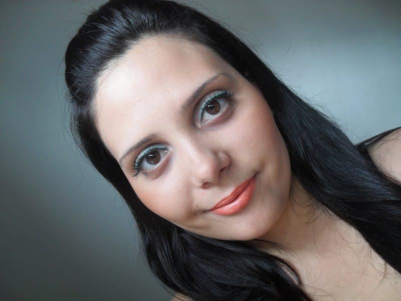 SDC10170 Qual makeup usar com vestido amarelo?!