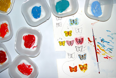 painting butterflies for bead journal project, Robin Atkins