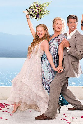 amanda seyfried mamma mia wedding dress bride chic fictional brides