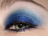 Machiaje in nuante de albastru