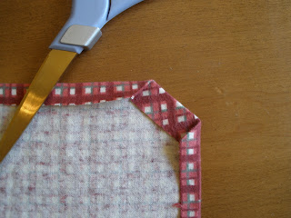 sewing cloth napkin corners step 3