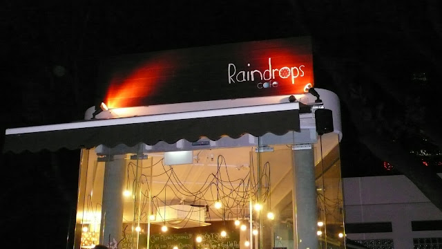 Singapore Raindrops Cafe