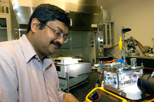Pratim Biswas and his group have developed a method to make a variety of oxide semiconductors that, when put into water promote chemical reactions that split water into hydrogen and oxygen. The method provides a new low cost and efficient option for hydrogen production. David Kilper/WUSTL Photo