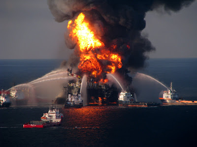 Deepwater Horizon BP Oil Rig Fire 2