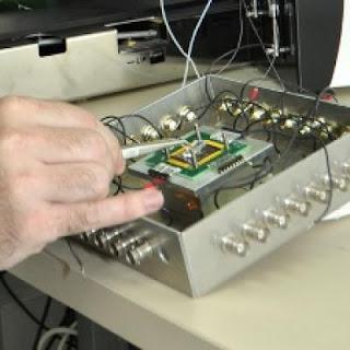 Explosive-detecting Sensor