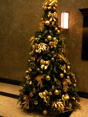 Christmas Tree 250 w 57th Street