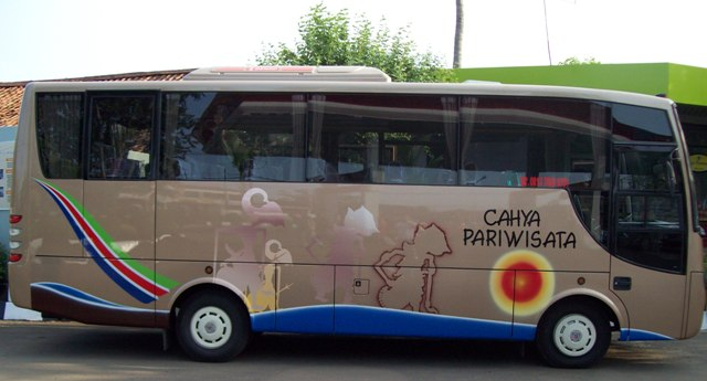 MEDIUM BUS AC, HINO FB
