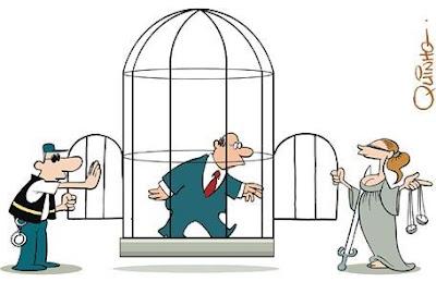 Resultado de imagem para simbolo do judiciario e uma gaiola