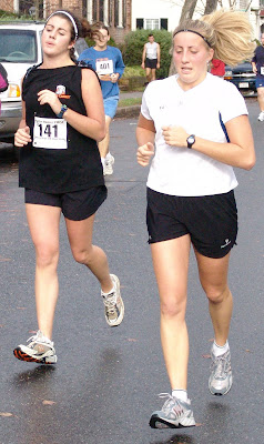 Molly and Maggi finishing, Thanksgiving Day 5k Turkey Trot, 2004