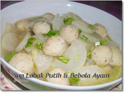 Dari Dapur Madihaa Sup Lobak Putih Bebola Ayam