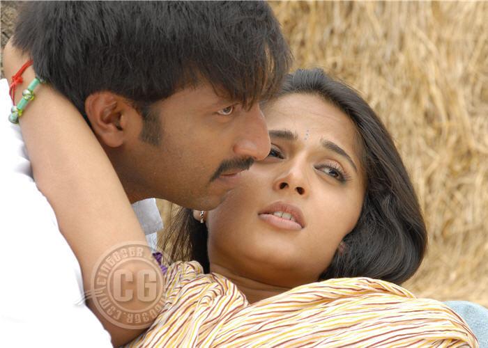 Anushka hot navel kiss