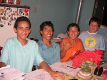 Escola Bíblica na Vila Rural.