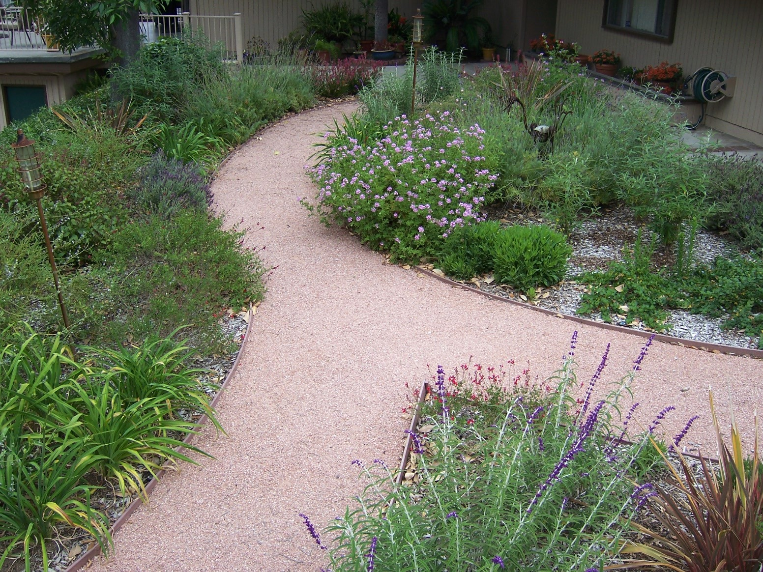 The 2 Minute Gardener Photo Decomposed Granite Pathway DG