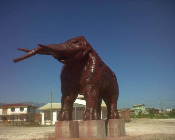 Mastodonte - por R. Bucherenik