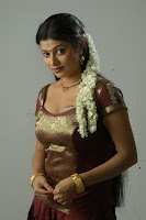 Shobana Naidu Hot picture