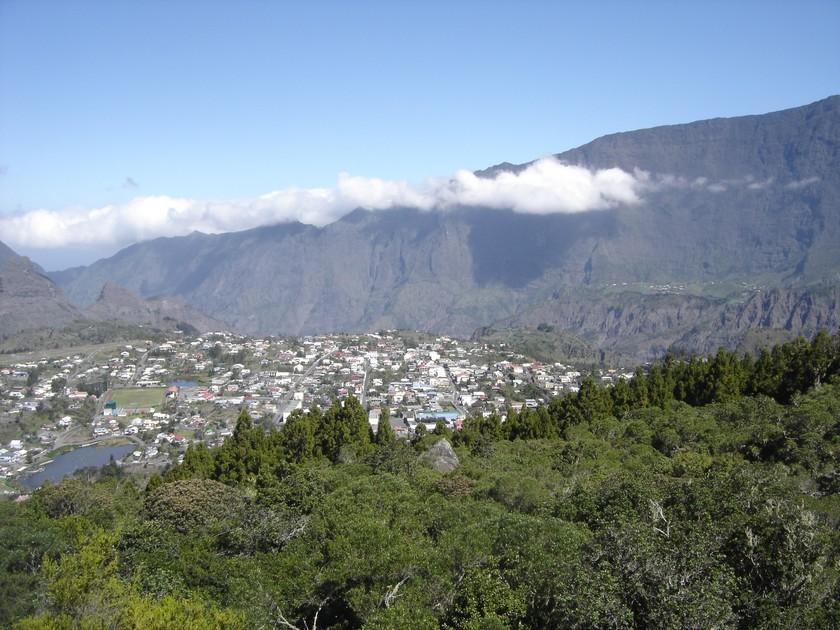 Village de Cilaos vu de la Roche Merveilleuse