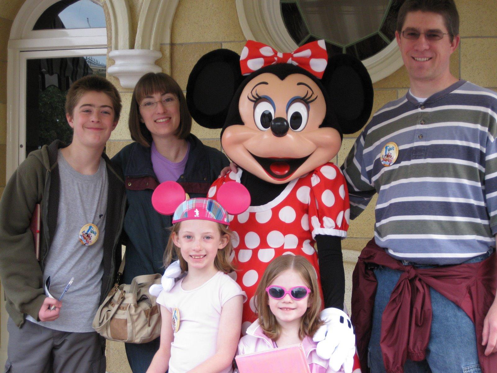 [_Disneyland_Day2_02.jpg]