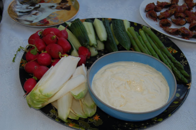 crudites and garlic mayonaise
