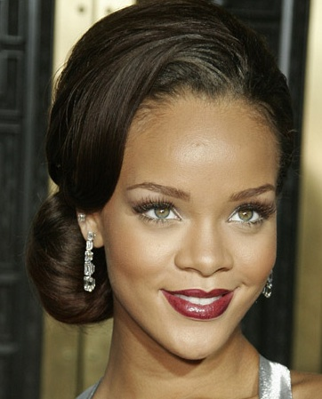 Celebrity Hairstyles – Rihanna Hairstyles
