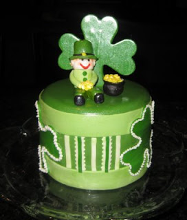 Happy Birthday, Maureen/carolineingalls! Shamrock+cake