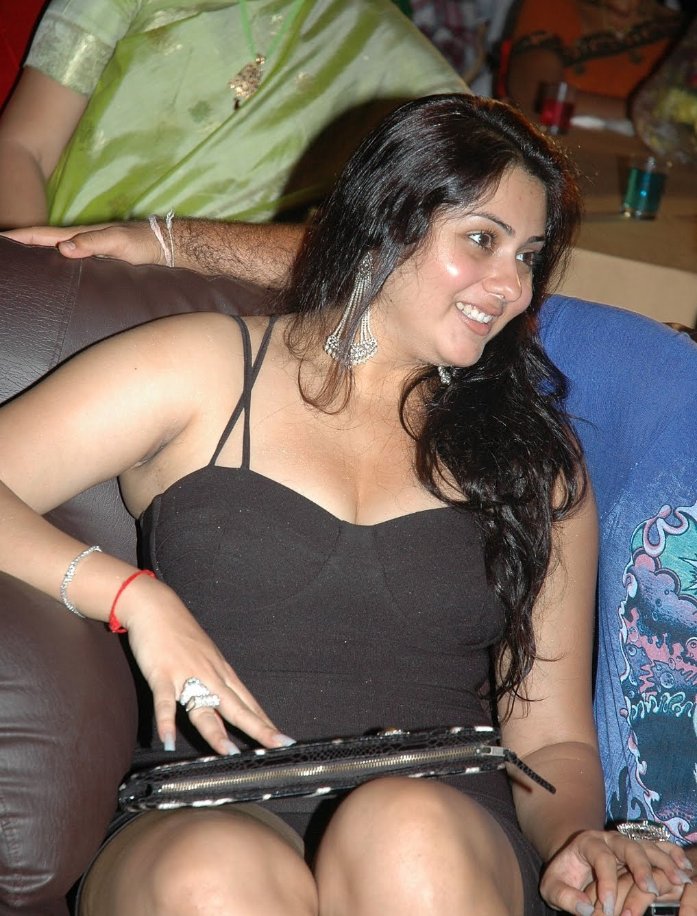 http://2.bp.blogspot.com/_ThFsiAar9vU/TDBF_Bx_ppI/AAAAAAAAC-w/jofQmYlBD_E/s1600/Namitha+Cleavage+Thighs+Armpit+Sexy+Masala+Bikini+Hot+Spicy+Surat+South+Indian+Tamil+Malayalam+Telugu+Hindi+Movie+Film+Actress+Upskirt+Latest+Photo+Gallery+Stills+Pics.jpg