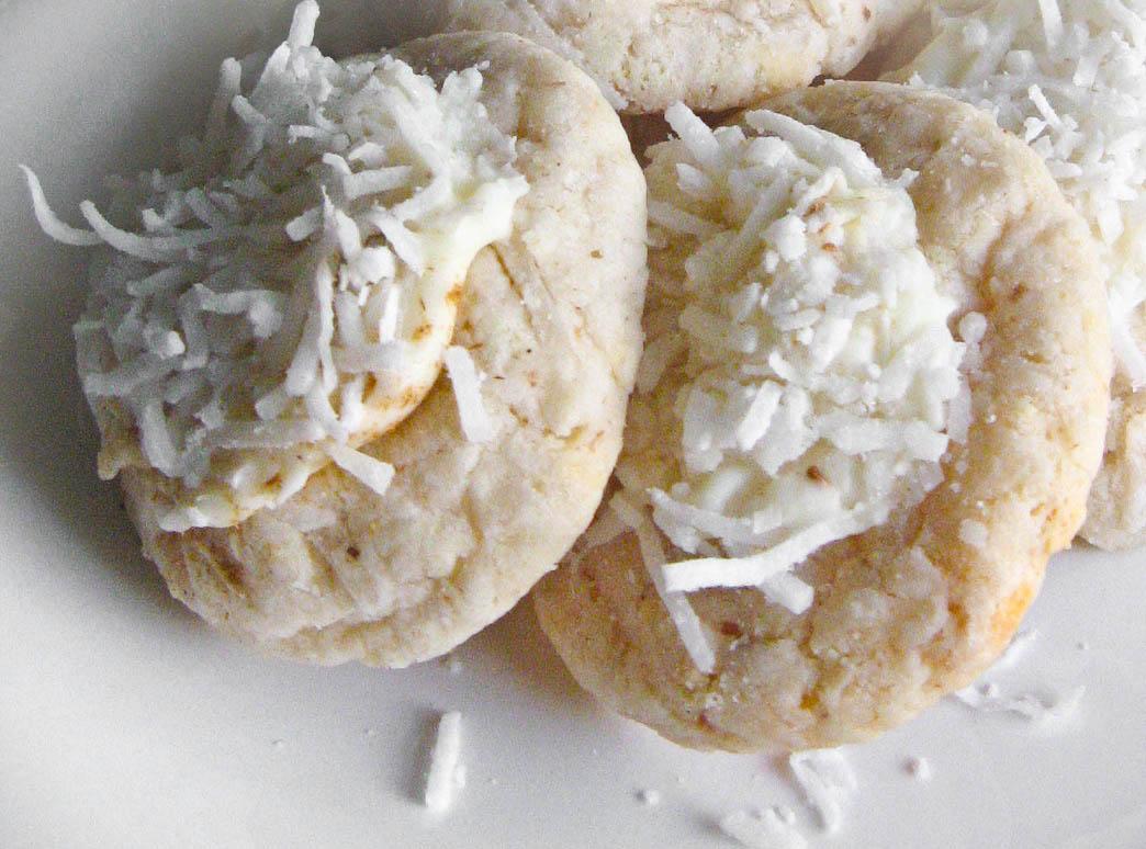 Lemongrass Snowball Cookies | Sprinkle Bakes