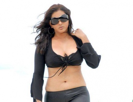 namitha oral sex hot stills