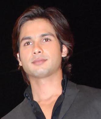 ... an Iranian woman came to Mumbai to marry Shahid.