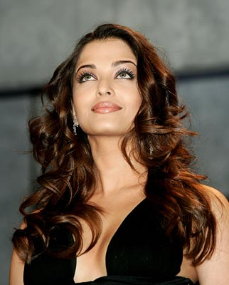 Aishwarya Rai Latest Hairstyles, Long Hairstyle 2011, Hairstyle 2011, New Long Hairstyle 2011, Celebrity Long Hairstyles 2174