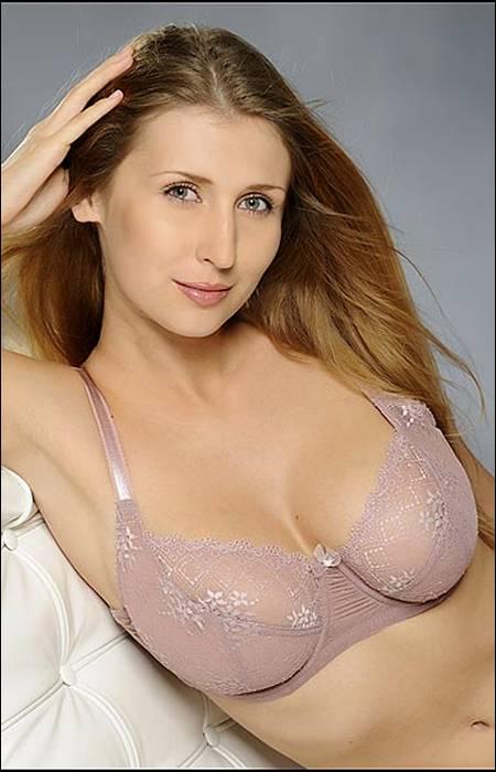 testporno-girl-ciesla-nude-pic-actres